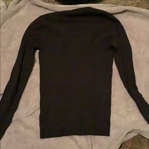 simple black long sleve
